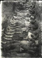 charnier près de Erzeroum 1896.jpg
